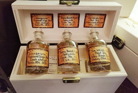 The Luxe Whisky Tasters Club